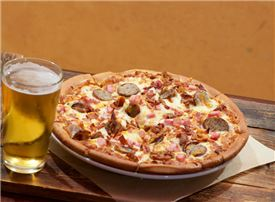 Horseshoe Bay Resort - Watch Games in the 360 Sports Club while enjoying handcrafted Pizza