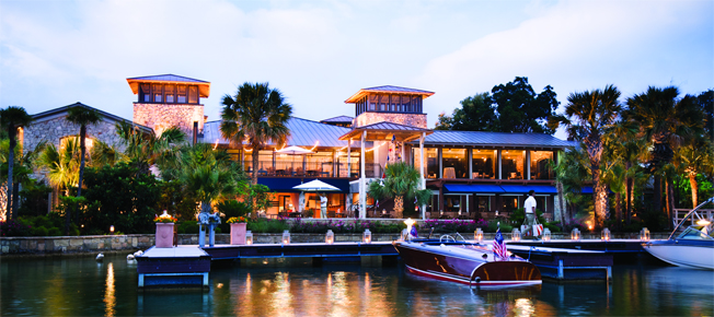 Park Your Boat & Dine With Us of Horseshoe Bay Resort