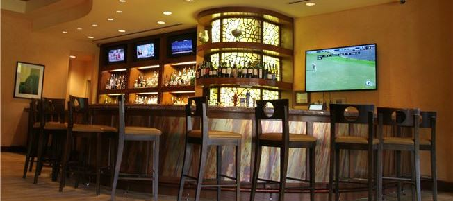 Lantana Bar of Horseshoe Bay Resort