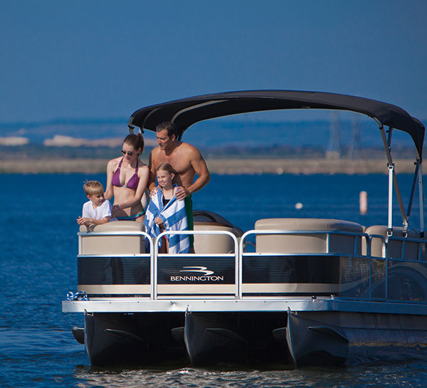Pontoon & Ski Boat Rentals of Horseshoe Bay Resort